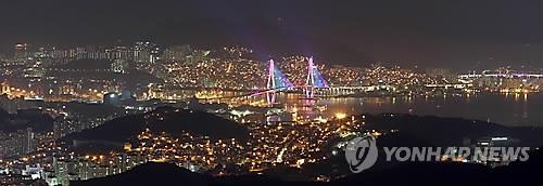 야경명소라더니…부산항대교 경관조명 자정 전인데 캄캄