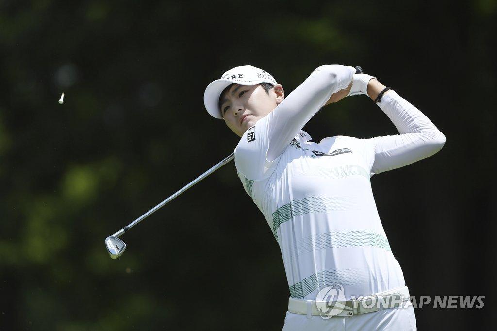 Park Sung-Hyun, shot ... LPGA Tour Wins in Arkansas