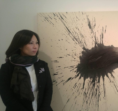 Miriam Sun Kung, executive director of the MoCA Foundation, poses for a photo after talking to Yonhap News Agency at the Leehwaik Gallery in Seoul on Oct. 13, 2016. (Yonhap)