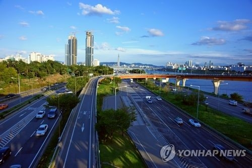 Seoul to reward motorists for reducing mileage - 1