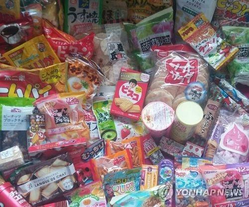 This undated file photo shows snacks imported from Japan. (Yonhap)