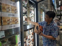(Yonhap Feature) More and more Koreans rely on evolving ready-made meal options