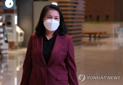 South Korean Trade Minister Yoo Myung-hee, who is bidding to become the director general of the World Trade Organization, in a file photo (Yonhap)