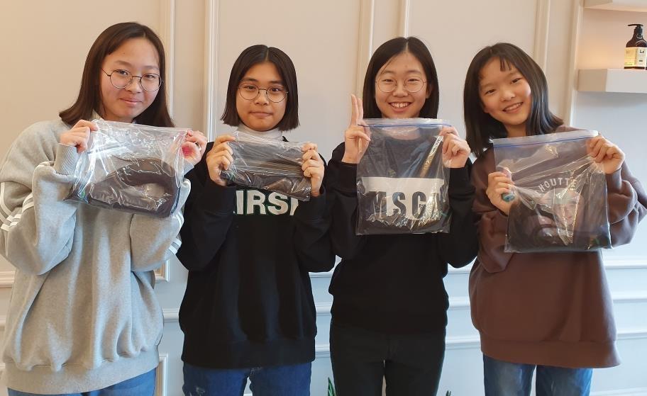 머리카락 기부한 창원시립소년소녀합창단원들