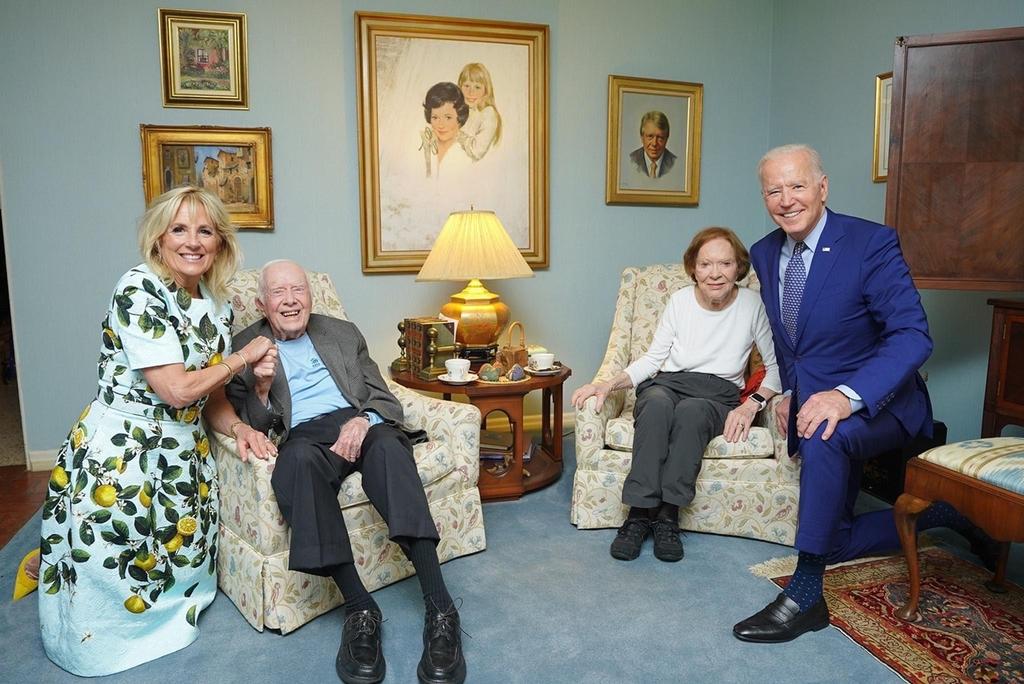 바이든 대통령과 카터 전 대통령 부부 사진