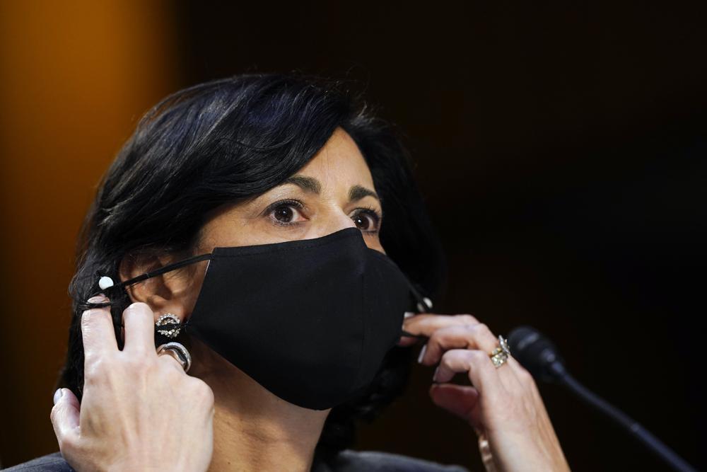 마스크 착용 강화 지침 내놓은 미 CDC 국장