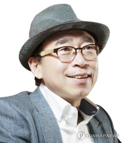 맥키스컴퍼니 조웅래 회장