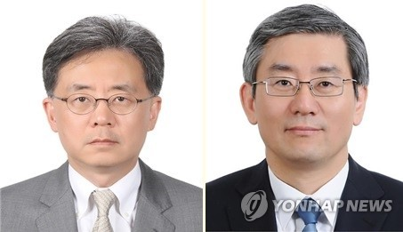 (LEAD) Moon picks veteran diplomat as key Cheong Wa Dae aide on national security affairs