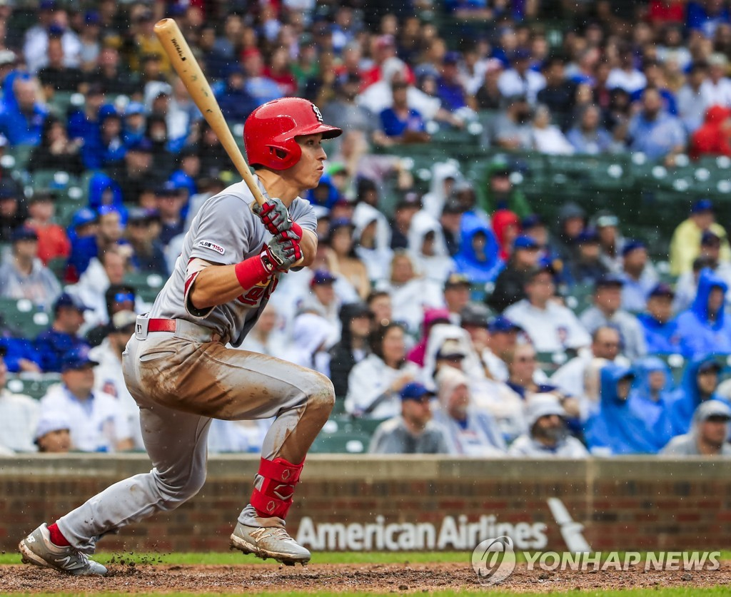 In this EPA file photo from Sept. 22, 2019, Tommy Edman of the St. Louis Cardinals hits a single against the Chicago Cubs in the top of the ninth inning of a Major League Baseball regular season game at Wrigley Field in Chicago. (Yonhap)