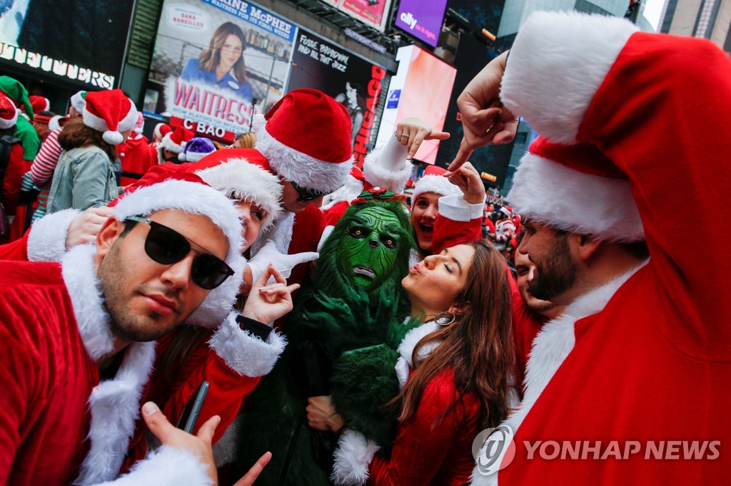 CHRISTMAS-SEASON/SANTACON