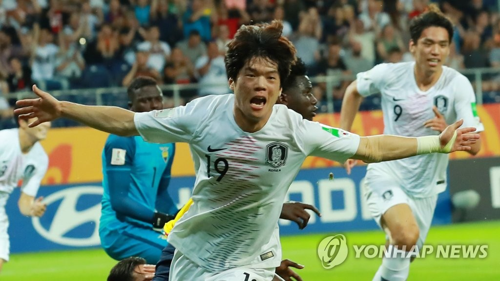 Choi Jun of South Korea celebrates his goal against Ecuador in the semifinals of the FIFA U-20 World Cup at Lublin Stadium in Lublin, Poland, on June 11, 2019. (Yonhap)