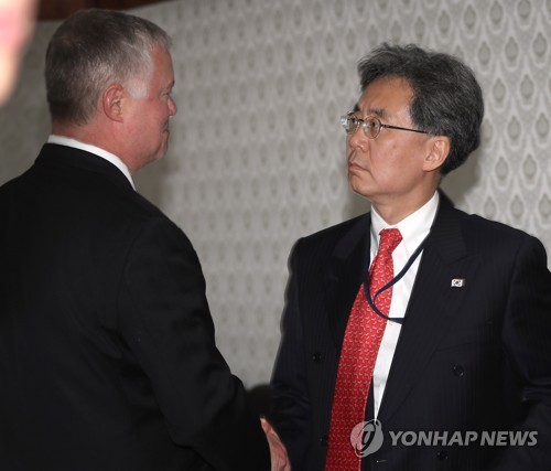 (LEAD) Biegun holds talks with S. Korea's deputy national security adviser