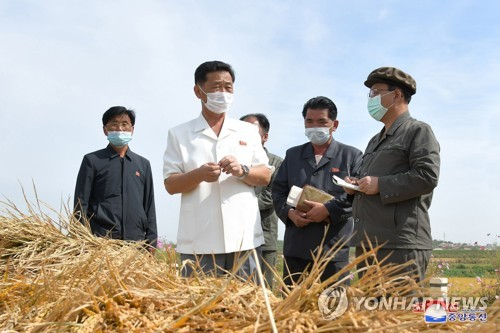 N.K. premier inspects farms